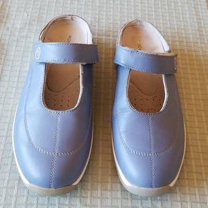 Rockport Mules with Velcro Strap in Blue, S: 9.5